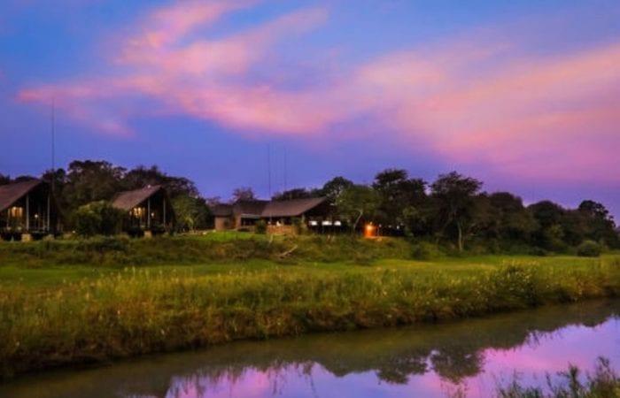 Amakhosi-Safari-Lodge-Boland-Travel (2)