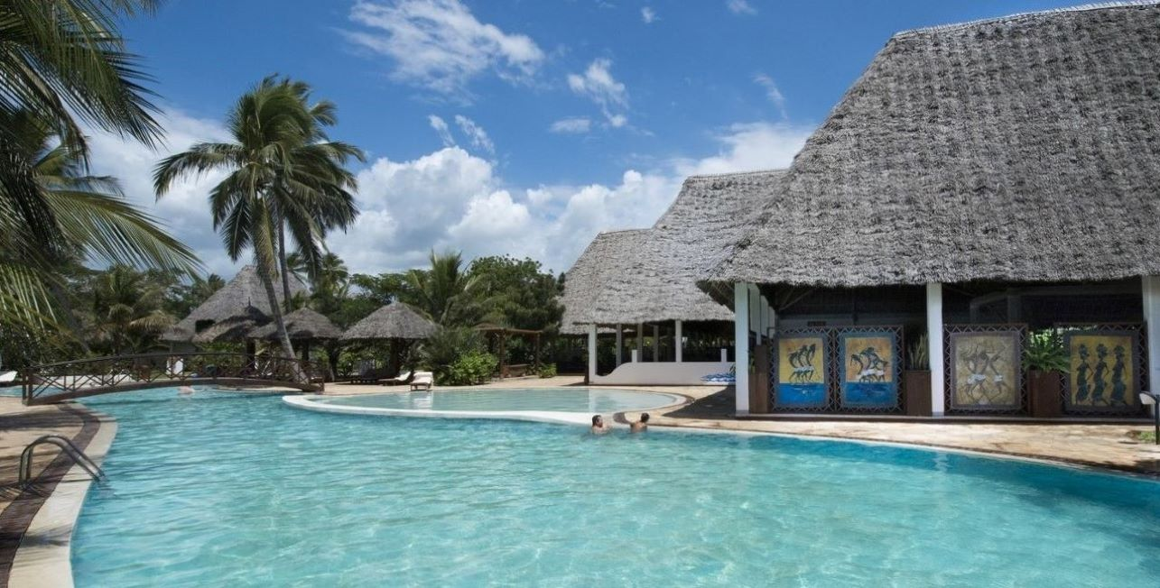Uroa-Bay-Zanzibar-Boland-Travel-1