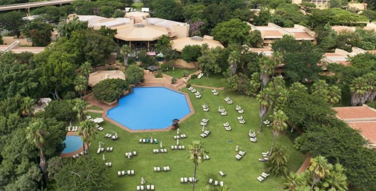 Sun-City-Cabanas-Boland-Travel